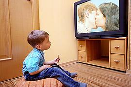 כך תגמלו את הילד מהטלוויזיה
